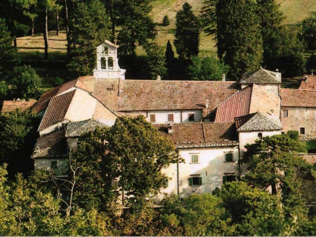Il complesso della Badia con la Chiesa
